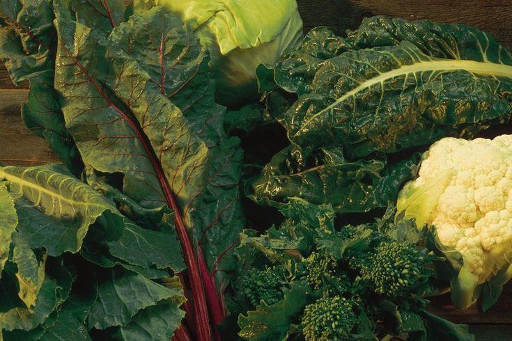 ¿Qué hortalizas de hoja verde ayudan a bajar la presión arterial?. Una lectura de presión arterial normal es 120/80 milímetros de mercurio. Las lecturas superiores a 140/90 para períodos prolongados de tiempo ponen en riesgo de accidente cerebrovascular y enfermedad cardíaca. La adición de ...