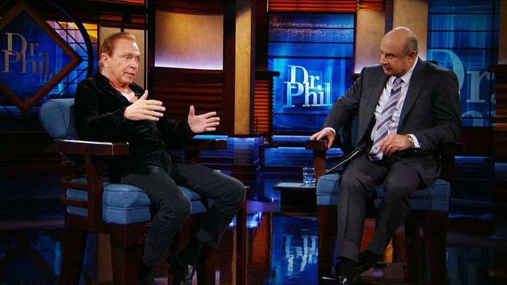 In his final television interview before his tragic passing at the age of 67, singer, Partridge family star, and former teen idol David Cassidy gives a revealing interview to Dr. Phil about his private battles and his shocking dementia diagnosis. And, a look back at his career that started it all. TELL DR. PHIL YOUR STORY: Have a headline-making story in a small town?Watch David Cassidy's Recent Performance That Had Fans Questioning His SobrietyDavid Cassidy Opens Up About His Dementia…