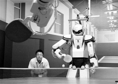 One more game of Ping Pong! 卓球もできるヒト型ロボット、5代目「匯童」が登場 - 中国国際放送局