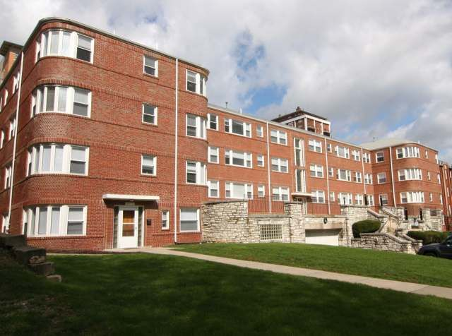 56 Best Clayton Philip H Barron Realty Images On Pinterest St Louis Studio Apartments And