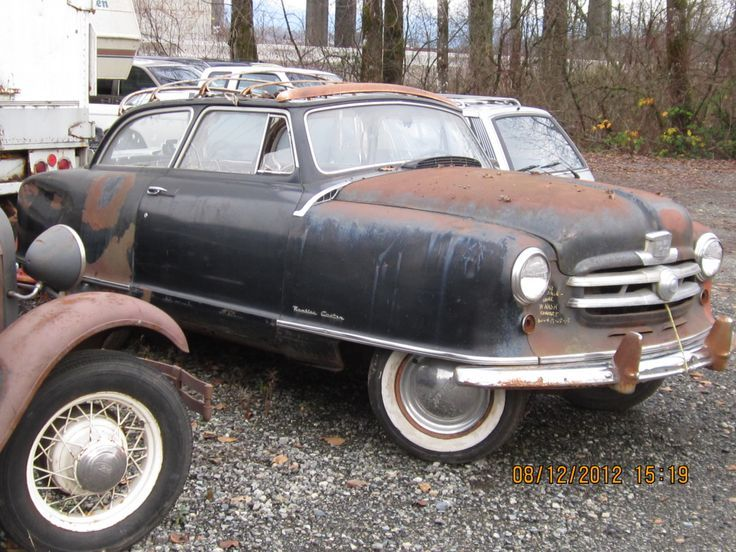 Pin By Ron W Bailey On Metal Decadence Antique Cars Abandoned Cars Rusty Cars