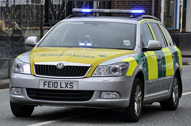 Amvale  Medical Services Ambulance Skoda Octavia Rapid Response Vehicle Seen On Blues In Bulwell Nottingham