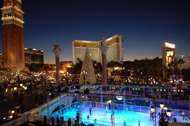 What you MUST do in Las Vegas for Christmas: Winter in Las Vegas