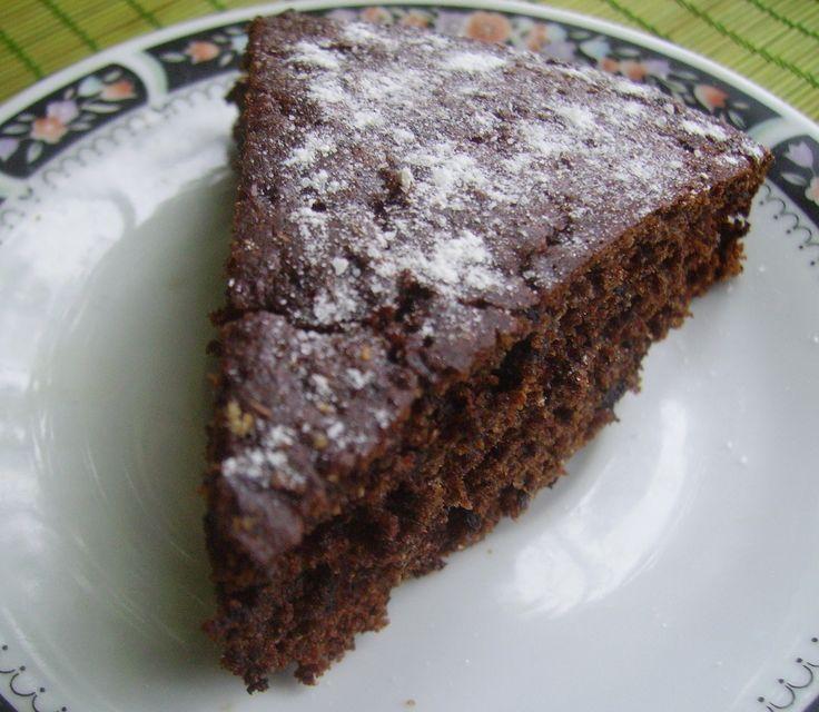 Пирог с вареньемготовится очень просто и быстро. Хорош тем, чтоможно использовать любое варенье, которое, бывает, залежалось где-то в кладовке и не знаешь, куда бы его применить. Состав пирога наст…