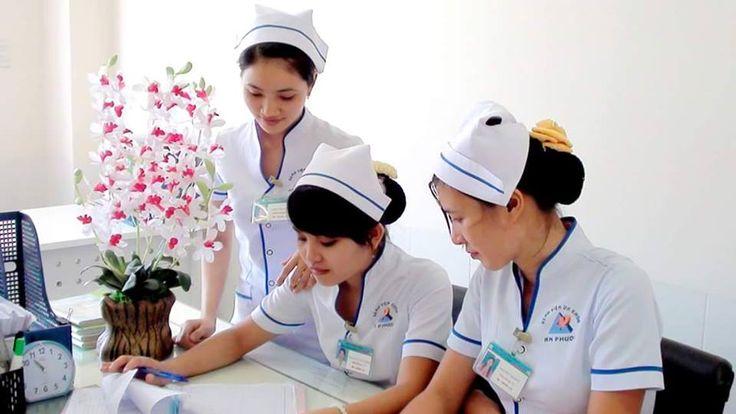 Clinical Nurse Job Vacancies @ Kelantan   CLINICAL NURSE JOB VACANCY@ KELANTAN Location: Klinik Primer Gua Musang Kelantan No. of posts available: 4  Clinical Nurse  Requirements: 1. Male/Female Malaysian and age 21 and above 2. Possess minima Diploma in Nursing 3. With experience/Fresh graduates are welcome to apply. Interested send resume to hariati_85@yahoo.com or drazmuneer@gmail.com or Whatsapp 014-8075753  via Joblah Jawatan Kosong