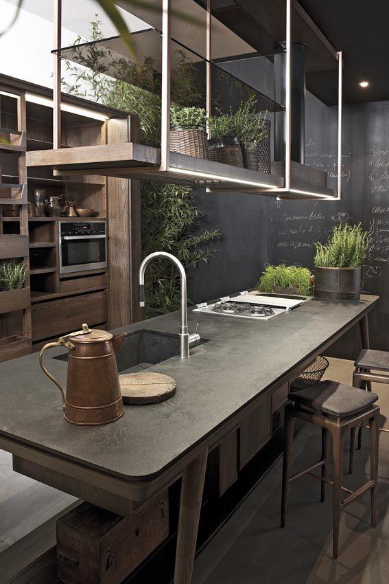 Cuisine avec îlot central et étagères suspendues http://www.homelisty.com/cuisine-avec-ilot-central-43-idees-inspirations/