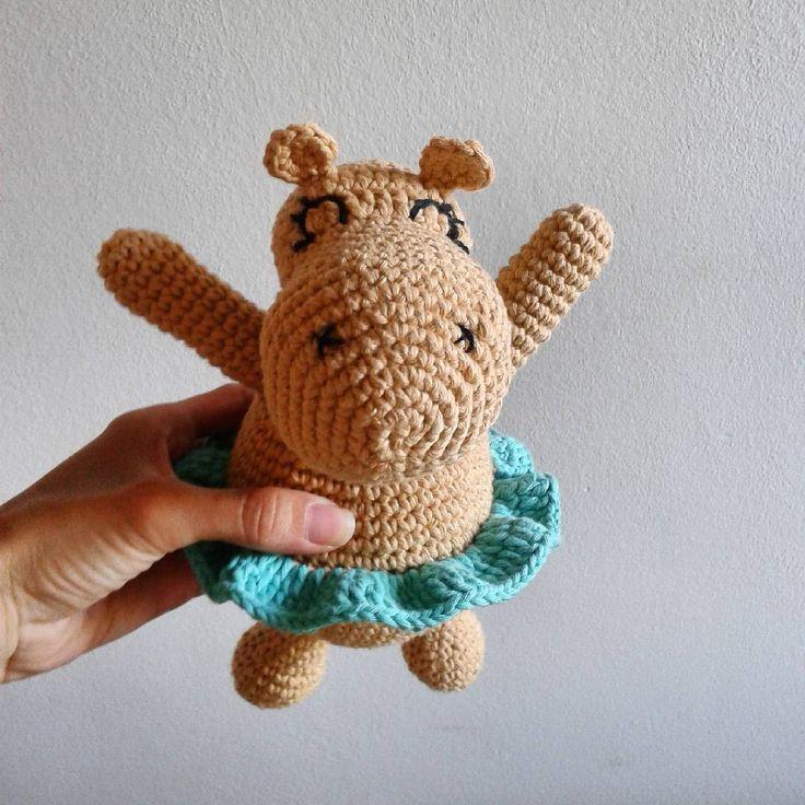 ¡Otra Hipo con tutú!  #amigurumi #amigurumiaddict #crochet #artesanal #handmade #amigurumilove #Rayuelatejidosydeco