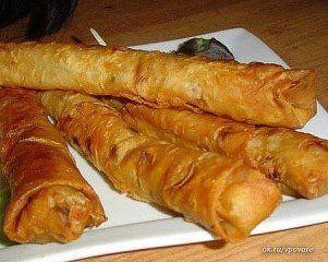 25 рецептов из лаваша: 1. Аппетитное блюдо «а-ля домашняя шаурма» 2. Ленивая ачма 3. Лаваш, жареный с сыром 4. Гренки с крабовыми палочками 5. Сырные палочки из лаваша 6. Пирог сырный из лаваша 7.
