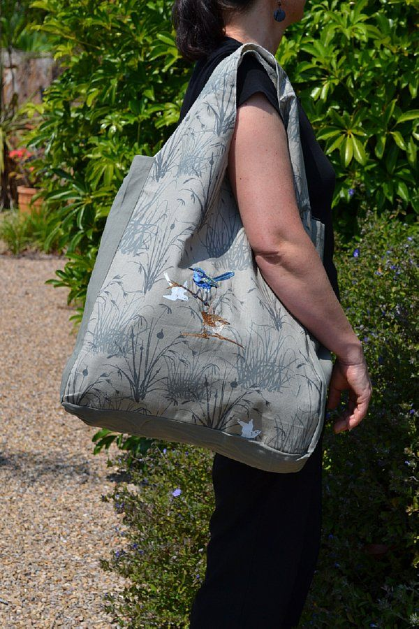 Organic Cotton Blue Wren Shopping Bag. Screen printed with eco friendly dyes and embroidered with a pair of Australian Blue Fairy Wrens $29.95 http://www.greengiftsaustralia.com.au/shop/index.php?main_page=product_info&cPath=60_61&products_id=192