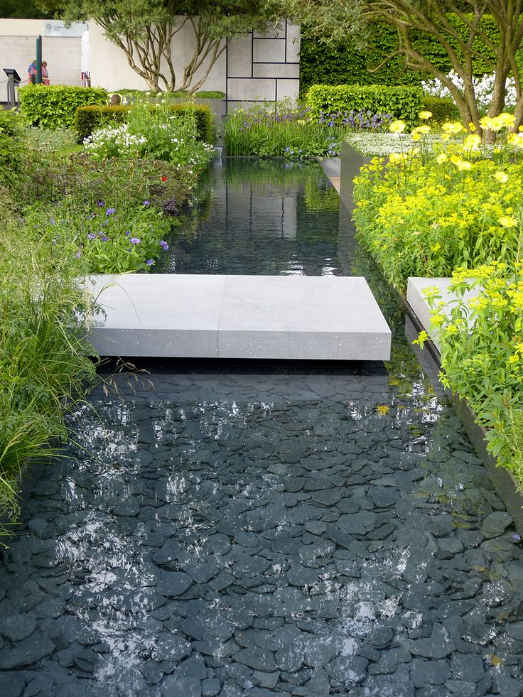 The Telegraph Chelsea Flower Show garden in the De Stijl style                                                                                                                                                      More