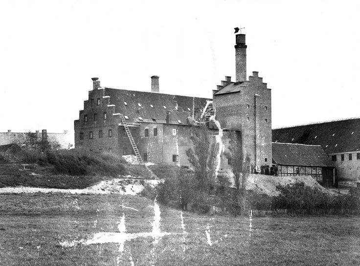 The old maltfactory, long ago (from: https://www.facebook.com/pages/NYMALT/202921849775885?sk=photos_stream)
