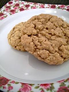 Brooke Bakes!: Apple Cinnamon Instant Oatmeal Cookies