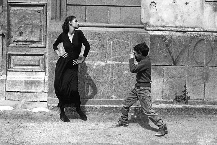 Fotó: Ferdinando Scianna: Marpessa, Bagheria, Szicília, Olaszország, 1987 tavasza © Ferdinando Scianna/Magnum Photos