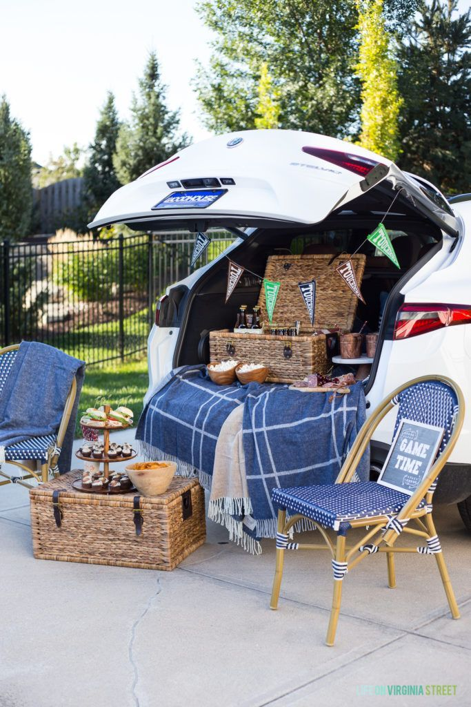 Stylish Tailgating with the Girls | Football tailgate