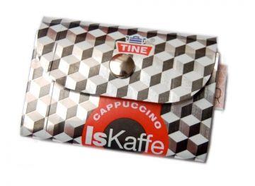 lommebok fra melkekartong m.m :)