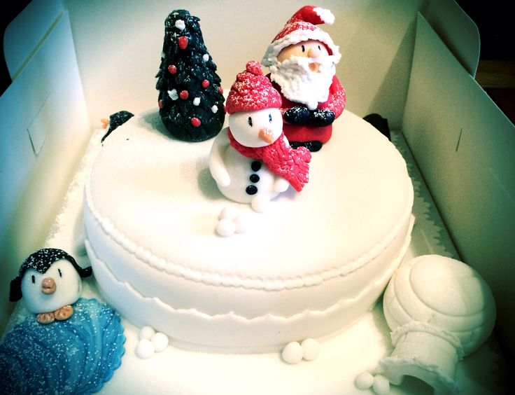 Christmas cake sugar craft
