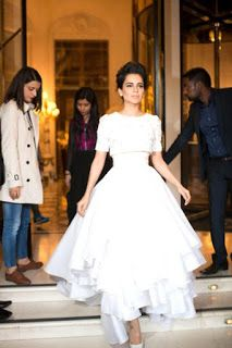 Online Business Operator: Kangana gets a Queen's welcome in Paris!