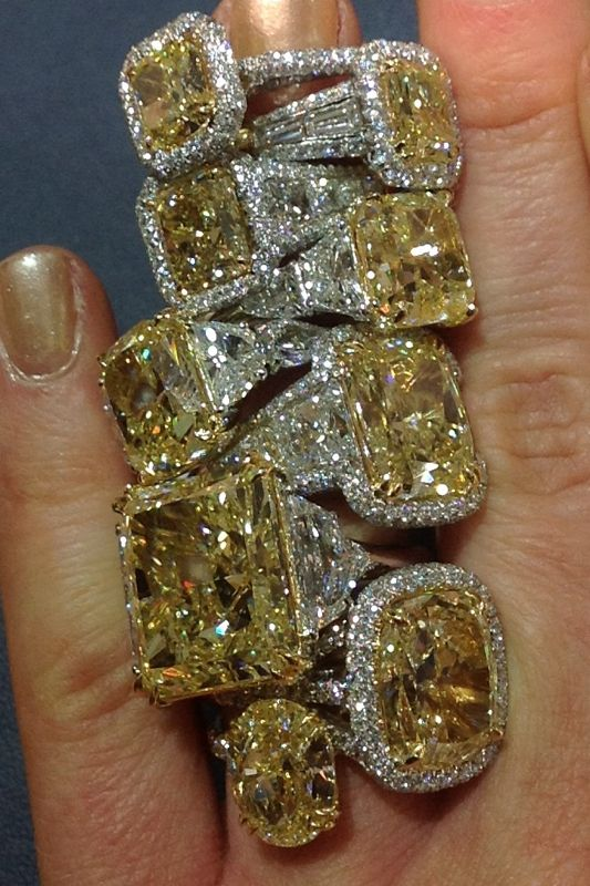 Best 25+ Yellow diamond rings ideas on Pinterest | Yellow diamond ...
