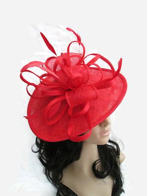 POPPY RED SINAMAY & FEATHER FASCINATOR HAT.Shaped saucer disc,Wedding.NEW