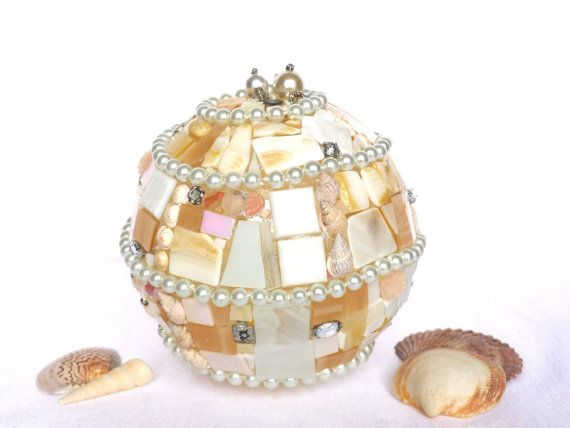 Beleuchtung Lampe pastell rosa weiß mit Perlen und von LonasART