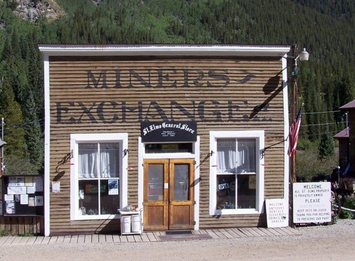 Located in the ghost town of St. Elmo, the old St. Elmo General Store is one of the few remaining businesses in the historic town, and offers a wide variety of antiques, snack foods, and ATV and cabin rentals.