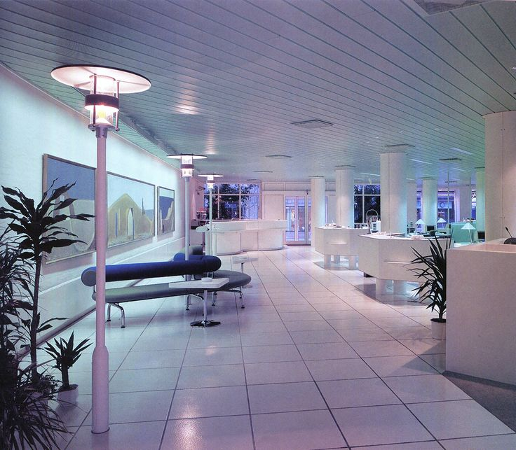 The best in lobby designs hotels offices 1991 retro for Design hotel speicher 7