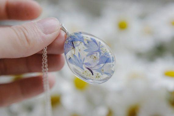 Collier floral de bleuet fleur réel pressée par FloralJoyJewelry