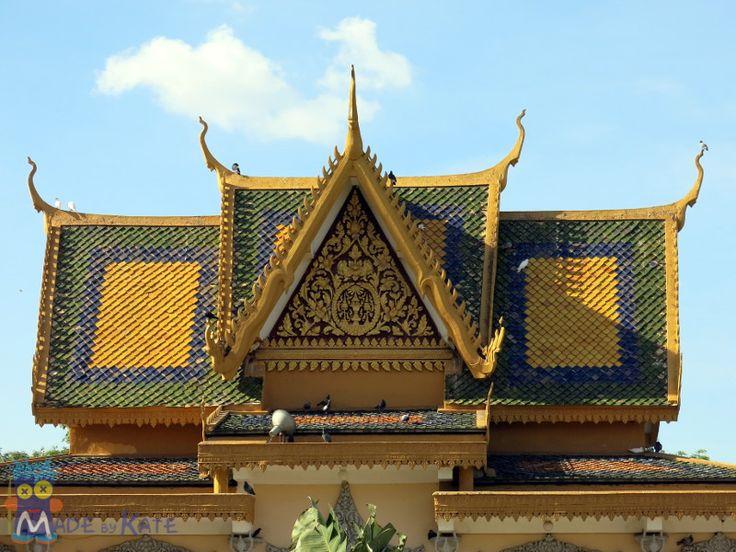 Oggi ti porteremo con noi a Phom Penh, la capitale della Cambogia a caccia di artigianato e non solo. Il Grande Viaggio del Tipo Strano è finito da qualche mese, sono stati tre mesi bellissimi zain…