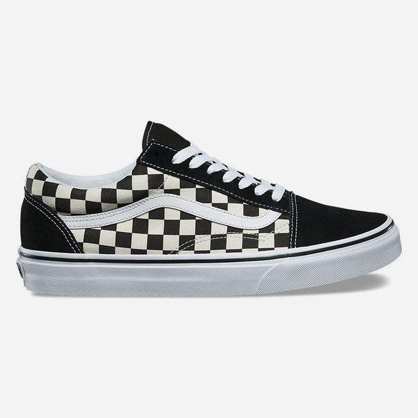 Vans Old Skool Shoes ($60) ❤ liked on Polyvore featuring shoes, sneakers, suede skate shoes, suede sneakers, lacing sneakers, cushioned shoes and vans sneakers
