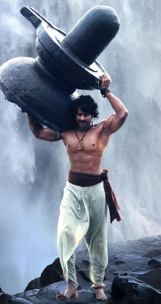 Prabhas looks really great handsome in bahubli♥♥♥♥
