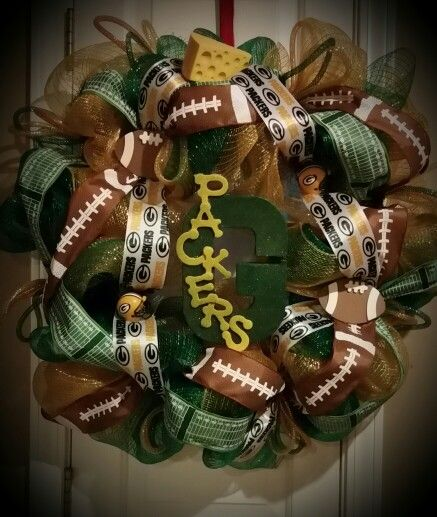 Lighted Greenbay packers wreath