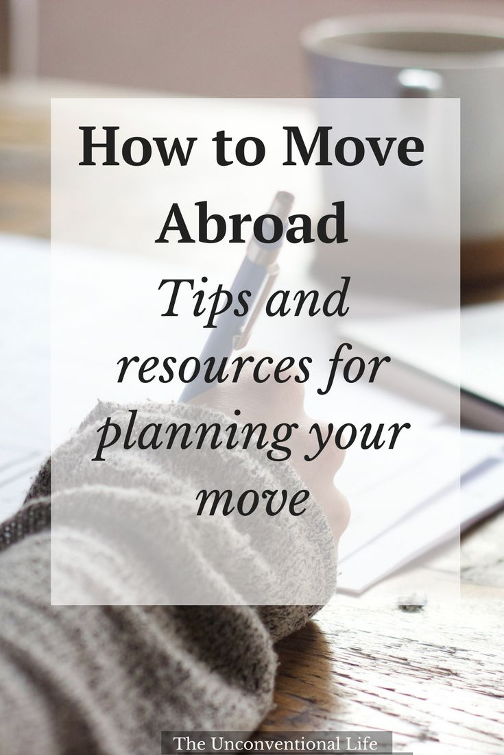 A Free Printable Checklist to help you prepare for moving abroad! #traveltips #moving #expat #freeprintable