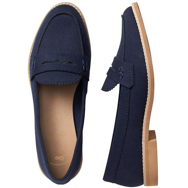Gap Women Faux Suede Loafers (2.255 RUB) ❤ liked on Polyvore featuring shoes, loafers, gap loafers, stacked heel shoes, penny loafer shoes, loafers moccasins and faux suede shoes