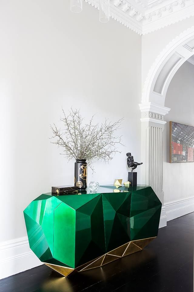 Green emerald Diamond, luxury sideboard for a luxury home, celebrity home, #luxuryinterior #luxurydesign #topinteriors