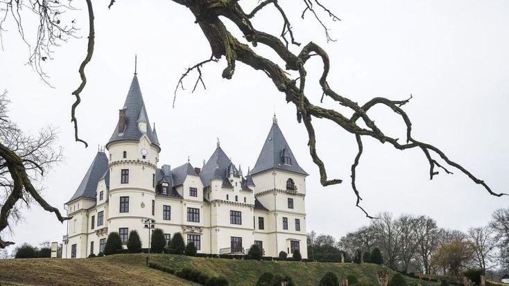 Tiszadobon újra régi pompájában várja a látogatókat a gyönyörű kastély