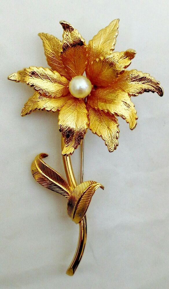 b8dff5975 Flower Brooch Vintage Faux Pearl Pin Large Textured Gold-tone Leaves  #Unbranded