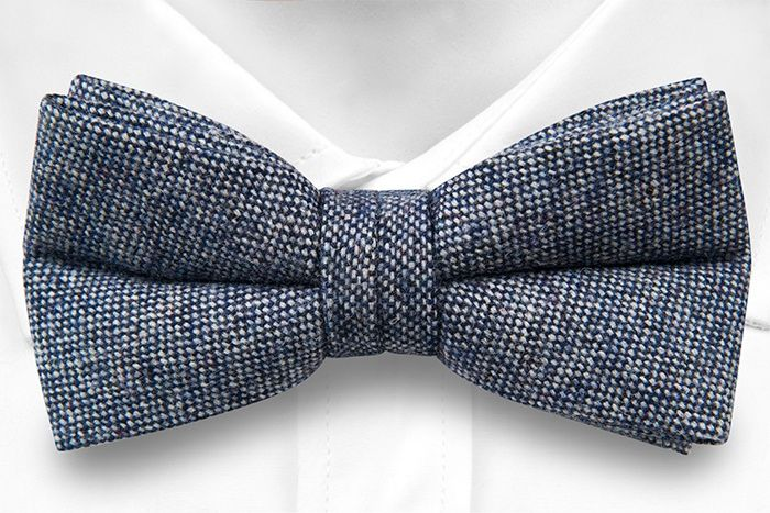 Pre tied bow tie - Semi-solid off-white & navy mix - Notch SUNIL