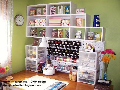 Nicely organized work space.: Crafts Desks, Crafts Area, Organizations Ideas, Crafts Rooms, Desks Organizations, Crafts Spaces, Work Spaces, Crafts Organizations, Desks Spaces