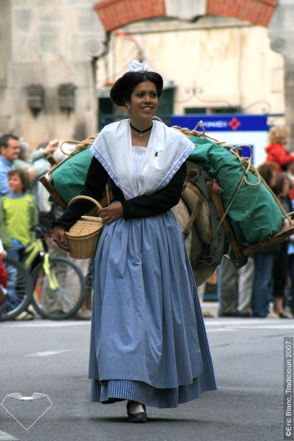 FolkCostume: Woman's costume of Arles, Provence, France