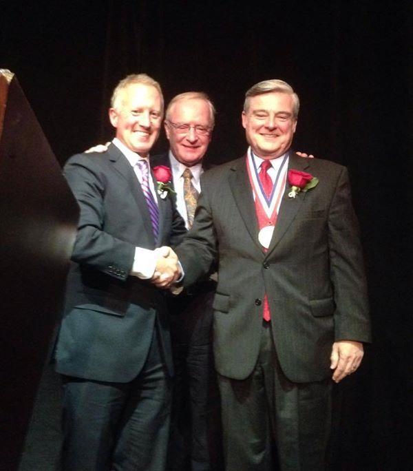 Mystic Aquarium's Dr. Steve Coan Receives Distinguished Service Award