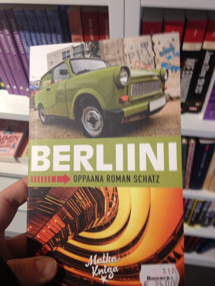 Berlin travel guide book - Berliini - oppaana Roman Schatz.