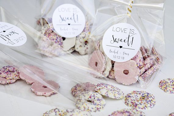 Love Is Sweet Personalized Wedding Favor Bags Candy Buffet Etsy In 2020 Personalized Wedding Favor Bags Bridal Shower Treats Wedding Favors