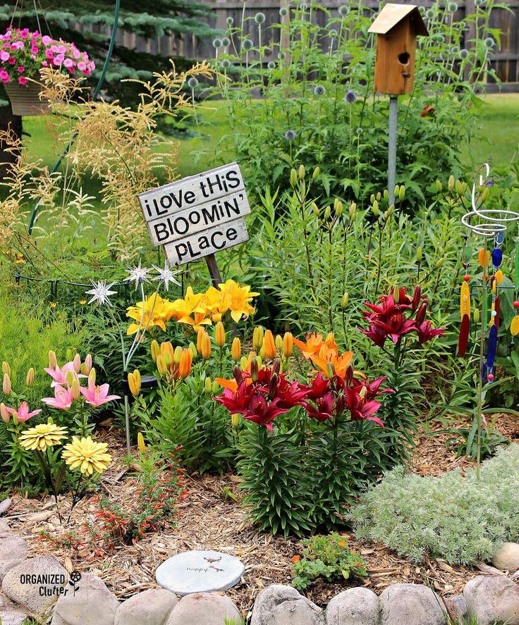 Cousin Sue's Blooming Place Tour organizedclutter.net