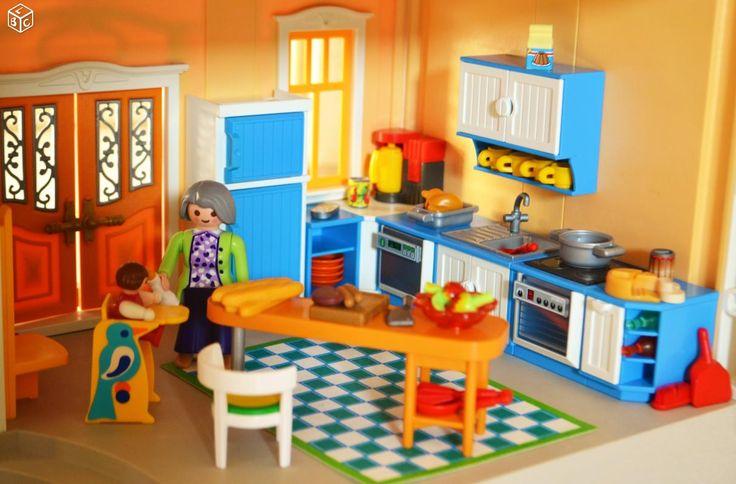 Maison de ville PLAYMOBIL 5302 + sonnette +meublée
