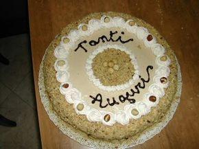 Ecco a voi uno dei miei dolci preferiti: La torta alla nocciola   Allora, ho fatto il  pan di spagna nel bimby, poi la crema pasticcera nel ...