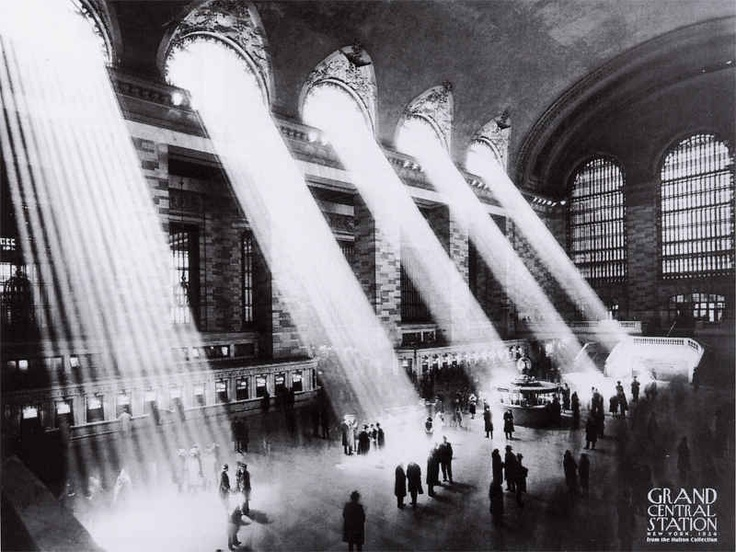 1934, Grand Central Station