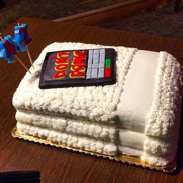 Hitchhiker S Guide Birthday Cake