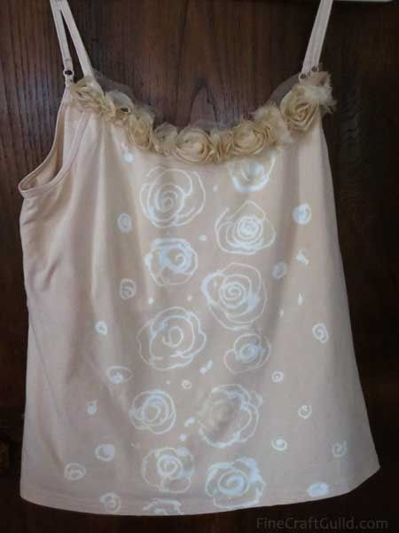 Tank Tops with Lacy Roses DIY :: learn how to bleach and where to find that gorgeous lace rose trim ...  Do it now, so you are ready for that party next week!