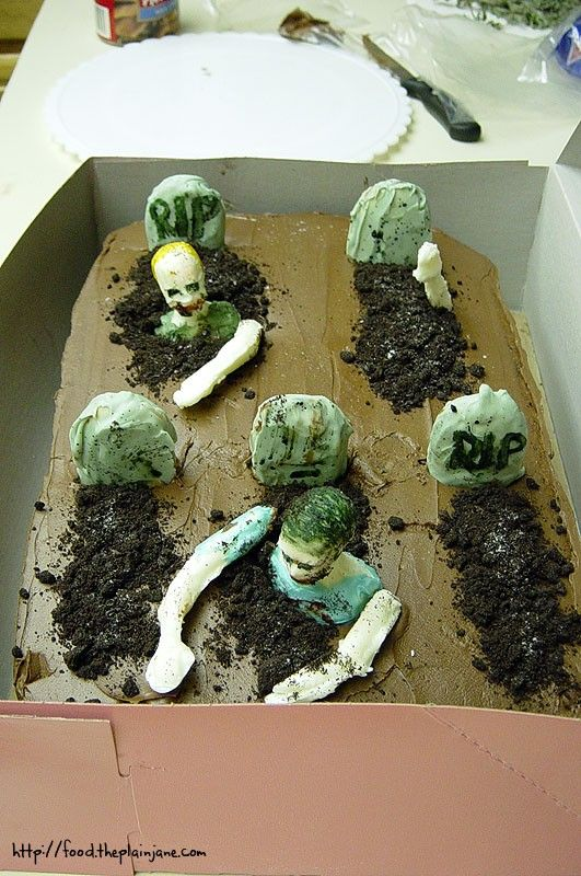 Best 25 Zombie cakes ideas on Pinterest Walking dead birthday