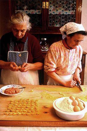 "Italian ""Nonne"" making home-made tortellini #pasta #traditional"